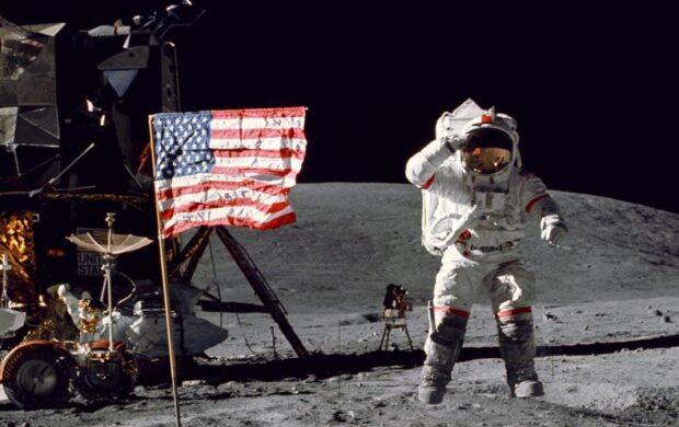 Moon landing header
