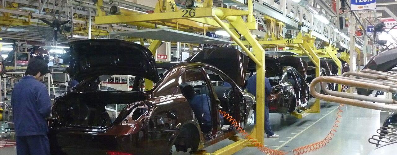 Auto_Assembly-Wikimedia